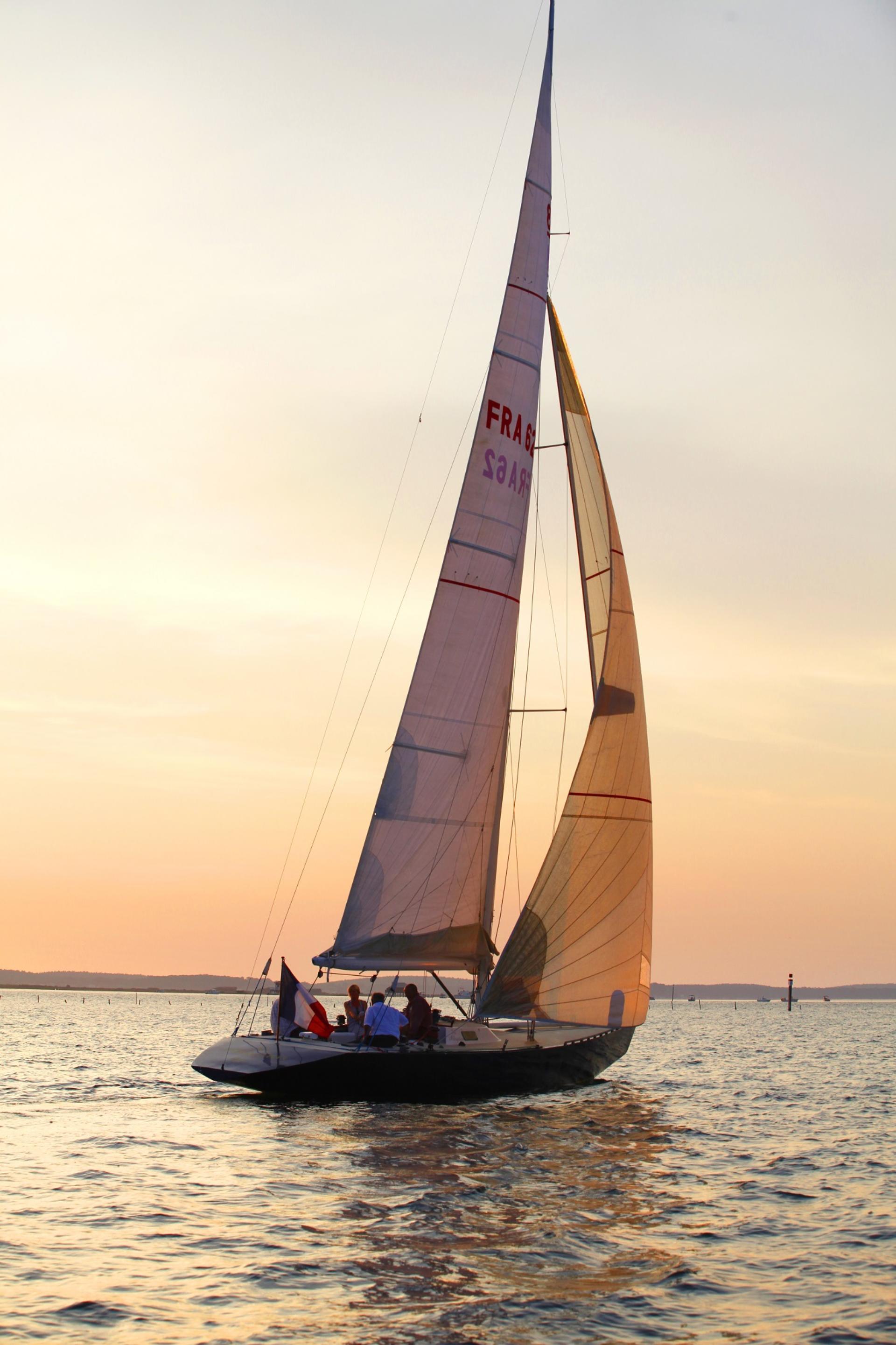 Voguer sous le vent en voilier | Arcachon Office de Tourisme, des ...